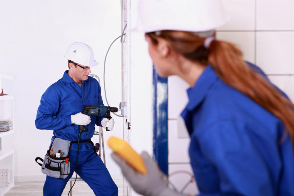 Contractors-working-in-a-kitchen